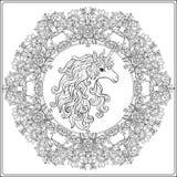Enhörning i ramen, arabesque i kungliga personen, medeltida stil Ou Royaltyfri Fotografi