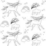 Enhörningar visas i stilen av skolateckningen med en kulspetspenna och moln Royaltyfri Fotografi