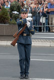 Enheten övar med weapons-2 Royaltyfri Fotografi