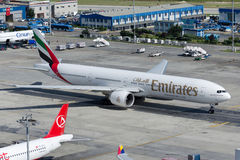 A6-ENI emiraty Boeing 777-31HER Zdjęcia Royalty Free