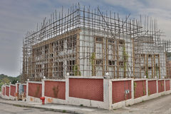 Enig familiehuis in aanbouw Stock Afbeelding