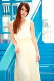 Enige Aziatische jonge vrouw Royalty-vrije Stock Fotografie