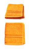Enige geïsoleerde badstofhanddoek Stock Foto's