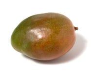 Enige mango die op witte achtergrond wordt geïsoleerdw Stock Afbeelding