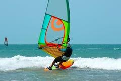 Enige Windsurfer Stock Afbeeldingen