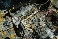 Enigine di un'automobile bruciata Fotografie Stock