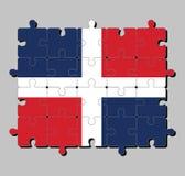 Enigma de serra de vaivém da bandeira da República Dominicana na cruz branca em quatro retângulos, azul e vermelho no superior e  ilustração royalty free