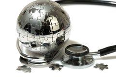Enigma do globo no fundo branco. Fotografia de Stock