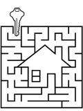 Enigma Home do labirinto do inventor com chave da casa Fotografia de Stock Royalty Free