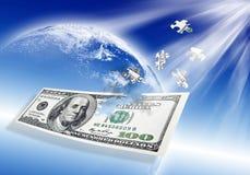 Enigma nota de banco de 100 dólares no azul Foto de Stock Royalty Free