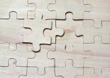 Enigmas de madeira. imagens de stock