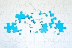 Enigmas de serra de vaivém incompletos Imagens de Stock