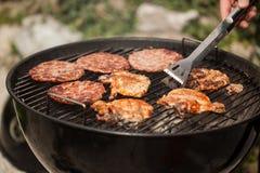 Enjeux sur le BBQ photo libre de droits