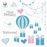 Enkel design av gulliga klistermärkear, ballonger, moln, girlanden, gåvaaskar och andra individuella beståndsdelar Royaltyfria Foton
