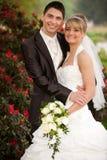 Enkel echtpaar het glimlachen royalty-vrije stock fotografie