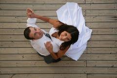 Enkel Gehuwd - bruid en bruidegom het dansen Royalty-vrije Stock Foto's