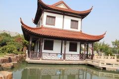 Enkel kinesisk byggnad arkivbilder