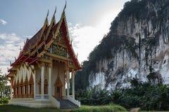 Enkel pagod i bergen av Thailand Arkivfoton