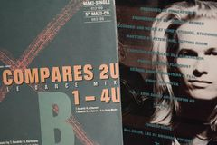 Enkel samling för tappning av filmstjärnor och den berömda konstnären i 1990en: s arkivbilder