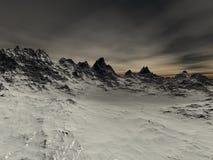 Enkelen sneeuwen scherpe rotsen op de berg Royalty-vrije Stock Foto