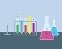 Enkelt kemiskt laboratorium Arkivbild
