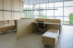 Enkelt kontorsrum Fotografering för Bildbyråer