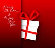 Enkelt rött vektorkort med julgåvan som göras från pappers- band Royaltyfria Bilder