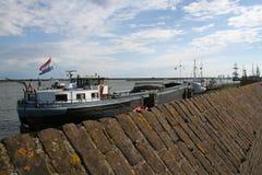 Enkhuizen, историческая Марина заполненная с парусными суднами Стоковое фото RF
