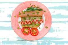 Enkla mellanmål och grönsaker för frukostkorvsmörgås på helt Arkivbild