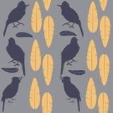 Enkla sömlösa lilor mönstrar sjungande fåglar och gulnar fjädrar som sitter på en ljus bakgrund royaltyfri illustrationer