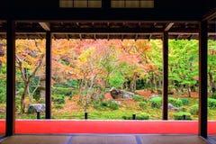 Enkojitempel met de herfsttuin, Kyoto royalty-vrije stock afbeeldingen