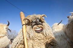 Enmascarado del carnaval en piel en el 'Busojaras', el carnaval del entierro del invierno Imágenes de archivo libres de regalías