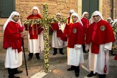 Enna, défilé religieux de la Sicile, Italie le 25 mars 2016, dans la ville de Photos stock