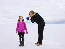 Ennui communiquant avec notre enfant Photographie stock