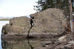 Enny Lake no parque nacional grande de Teton oferece uma fuga em torno do lago inteiro Fotografia de Stock