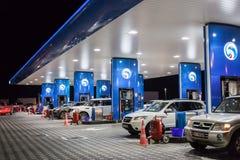 ENOC-Benzinepost in Doubai Stock Foto's