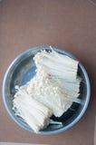 Enokitake lub Złota pieczarka Zdjęcie Royalty Free