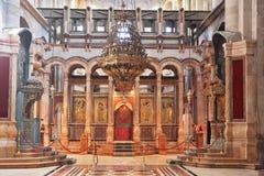 Enorm beautifully korridor i kyrkan royaltyfri foto