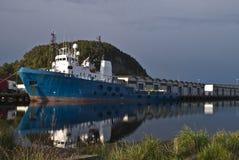 enorm bogserbåt Arkivbilder