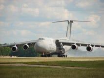 Enorm för Lockheed C5 för USA-flygvapen landning galax Arkivfoton