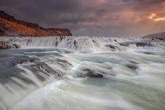 Enorm flod i Island Arkivbilder