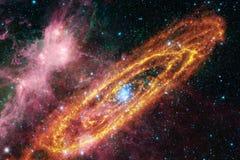 Enorm galax i yttre rymd Starfields av ?ndl?st kosmos arkivbilder