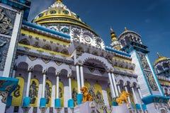 Enorm hinduisk tempel i Indien Arkivbilder