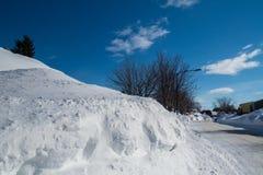 Enorm kanadensare Snowbank arkivfoton