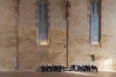 Enorm korridor av den Augustian kloster i Toulouse Arkivbild