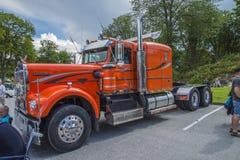 Enorm lastbil, kenworth Fotografering för Bildbyråer