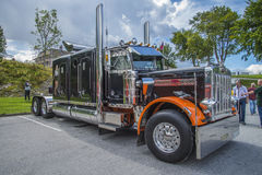 Enorm lastbil, peterbilt Arkivfoton