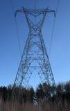 enorm pylon för elektricitet Fotografering för Bildbyråer