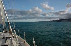 enorm segling Royaltyfri Bild
