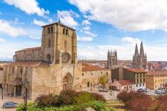Enorm sikt om gammal stad av Burgos, Spanien, Arkivbilder